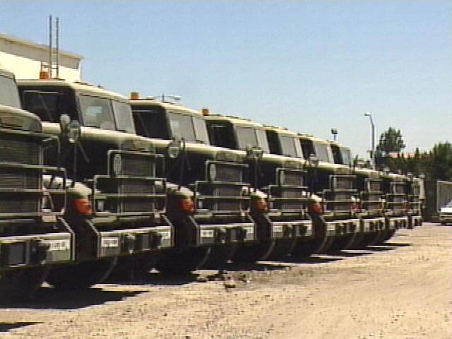 US defense chief: Don't seek repayment of enlistment bonuses