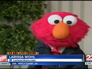 Voice_behind_Elmo_takes_leave_of_absence_85180000_20121112155005