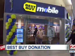 Best_Buy_Donates_to_Local_Music_Program_109560000_20121122021527