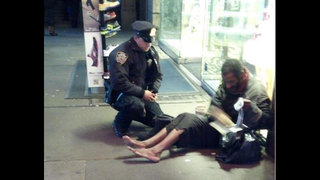 NYPD-photo-goes-viral-jpg_1354214617614.jpg