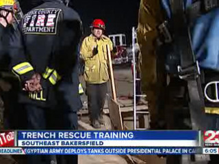 Trench_Rescue_Training_142070000_20121206201504