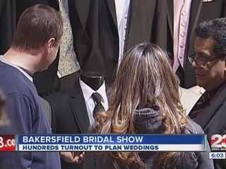 Hundreds_turnout_to_wedding_show_at_Kern_268200000_20130128021706