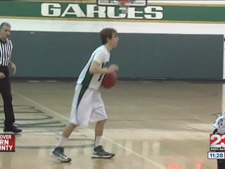 Garces_offense_too_much_for_Visalia_Redw_347140000_20130223081227