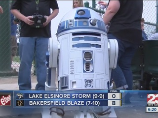 Blaze win 8-0 over the Storm on Star Wars day