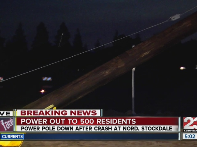 Crash on Stockdale highway and Nord Ave