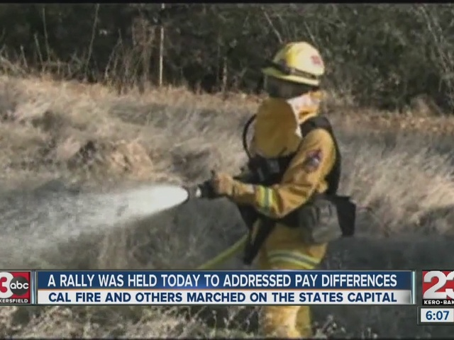 Rally on firefighter pay difference