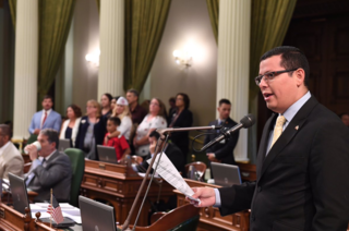 Assemblymember honors Blue & Gold Star families