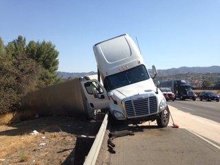 I-5 near Santa Clarita blocked until midnight