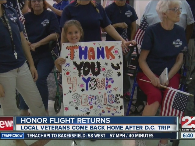 First honor flight returns to Bakersfield