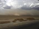 Thunderstorm rolls into Bakersfield Wednesday