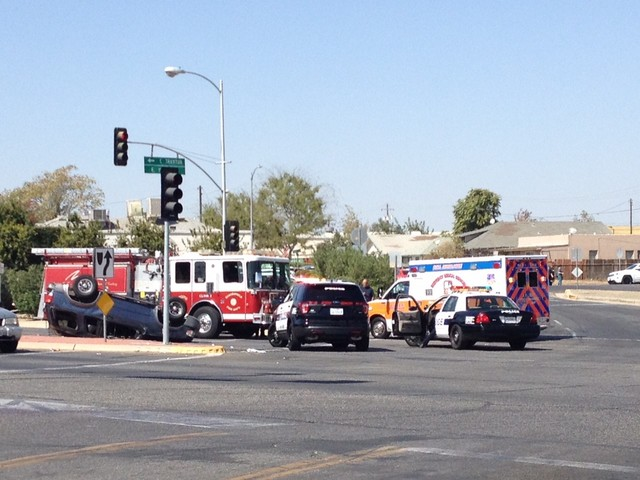 Crash shuts down traffic on E. Truxtun Ave.