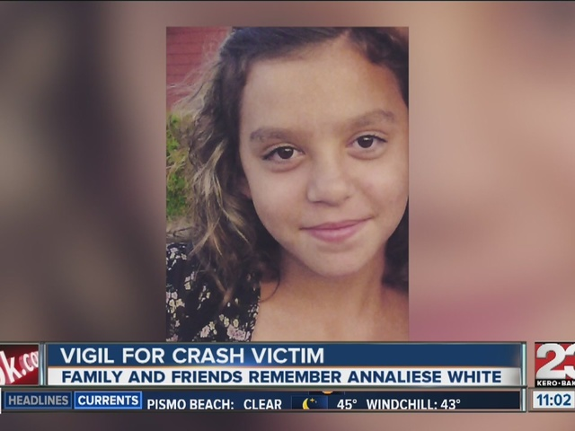 Vigil for NE Bakersfield crash 14-year-old victim