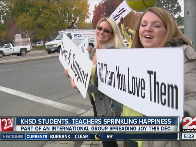 Kern County high school students 'sprinkling happiness' with positive words