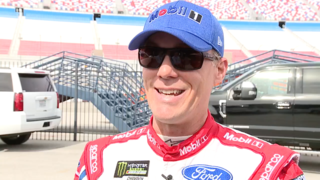 Kevin Harvick get his third straight NASCAR win