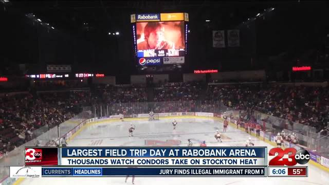 Over 8000 kids attend Bakersfield Condors game for a field trip-