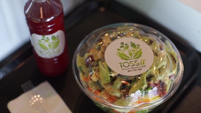 At The Table New Salad Bar Opens In Downtown