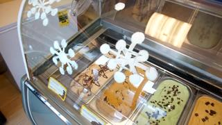 At The Table: Wine Gelato at Scoops and Swirls
