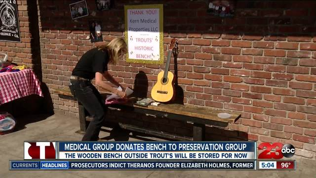 Medical group donates bench to preservation group