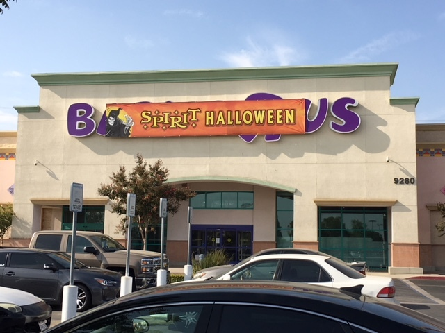babies r us on rosedale to become a spirit halloween free haunted house to be built inside