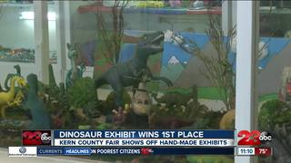 Dinosaur exhibit wins first place